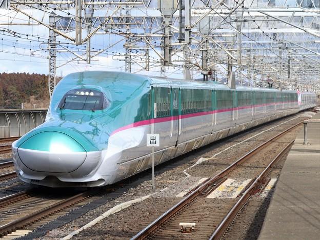 東北新幹線E5系 U26編成他17両編成