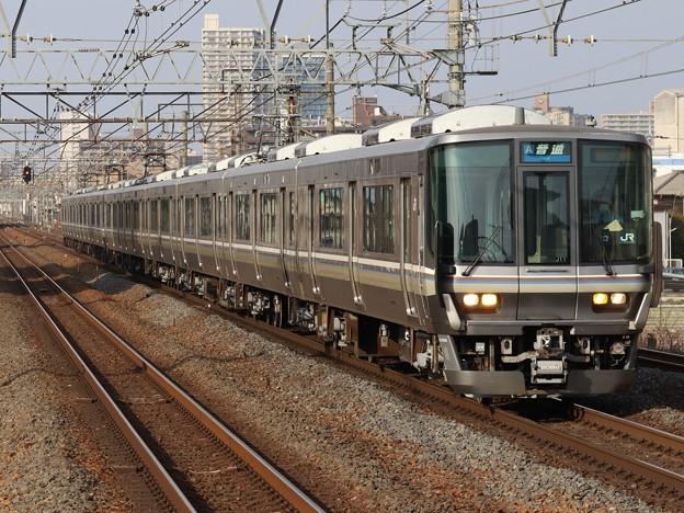 琵琶湖線223系2000番台 J11+V12編成