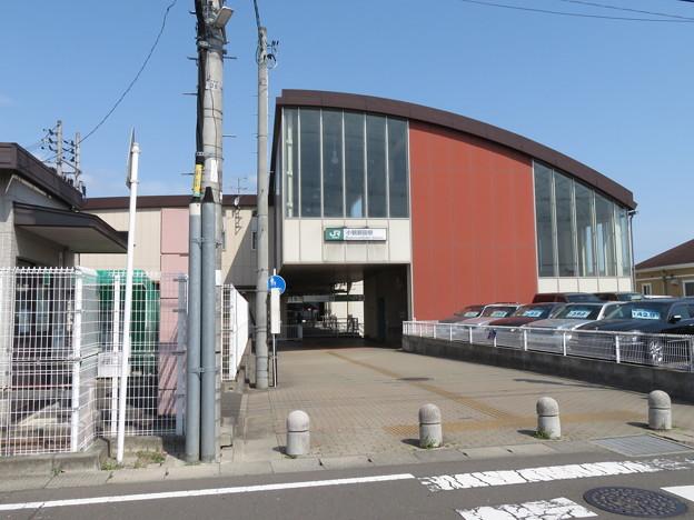 小鶴新田駅 南口