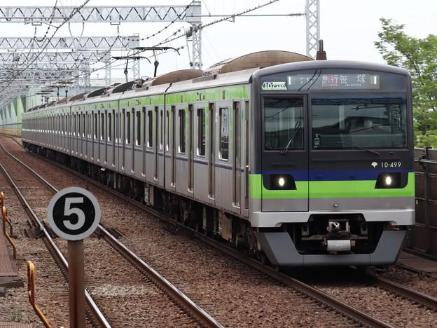 都営新宿線10-300形 10-490F