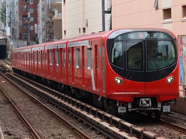 東京メトロ丸ノ内線2000系 2120F