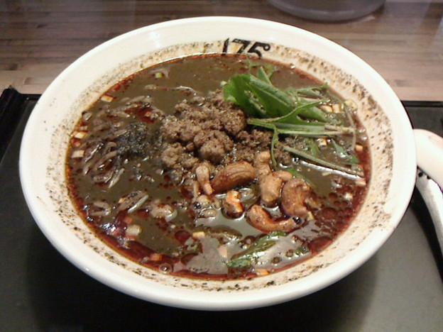 175°DENO~担担麺~「汁あり黒ごま担担麺シビれる」950円