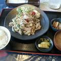 Photos: 和楽来「豚ばらにんにく炒め定食」940円わらく