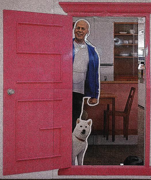 どこでもドア、入っちゃったら契約?