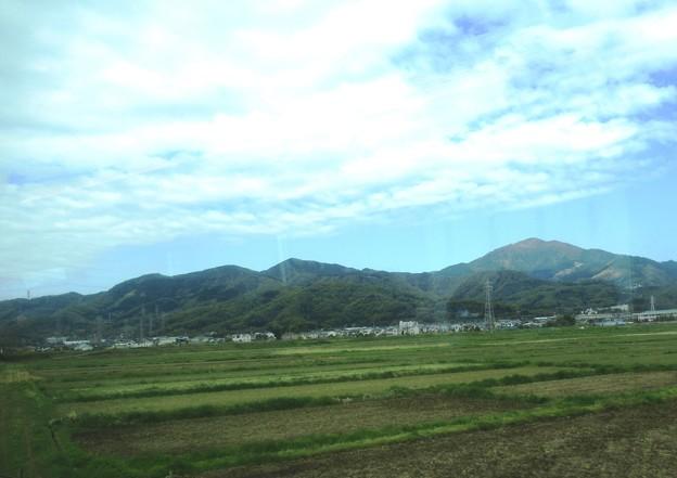 02 車窓から大山、高取山