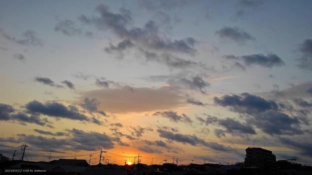 Photos: 日の出(210322)