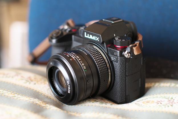LUMIX S5 + Voigtländer ULTRON 40mm F2 (K-mount)