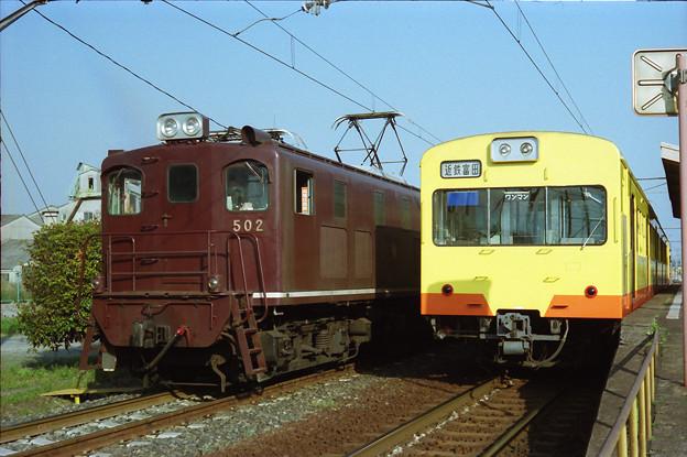 601系と並ぶED502