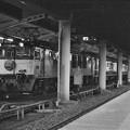 絞り開放の作例(上野駅16番線に停車中の寝台特急「北陸」)