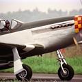 フライトを終えてタキシングするP-51D