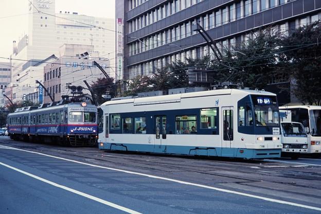 20011029福井鉄道802と200@市役所前