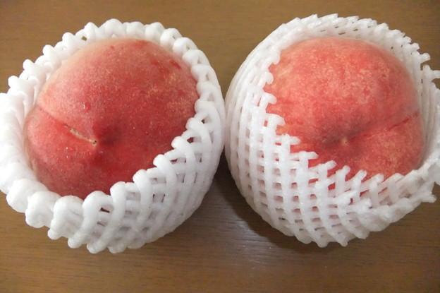 Photos: 頂き物の桃