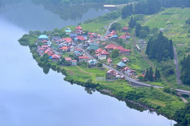 Photos: Oosi Village