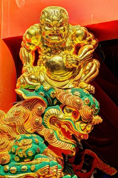 力士像  静岡浅間神社楼門の彫刻