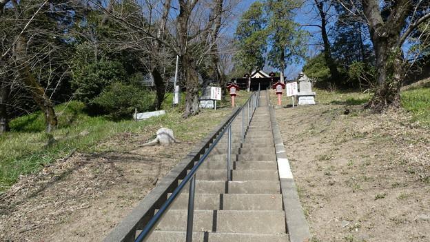 熊野神社への参道