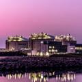 Photos: 暮らしを守る石油基地の夕景