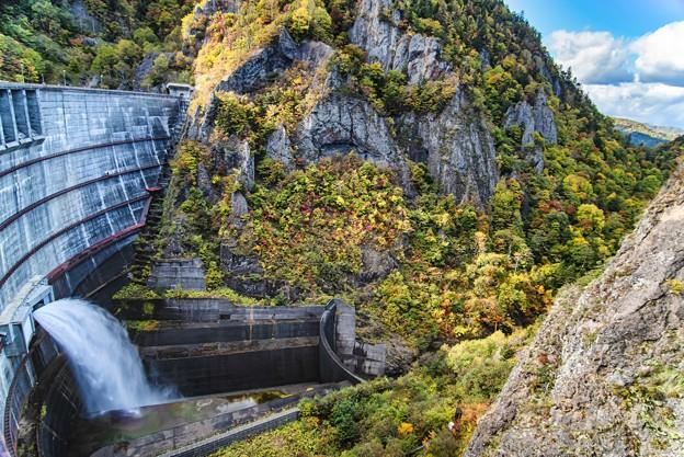 Photos: 峡谷に放つ