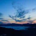 Photos: 雲流れる朝