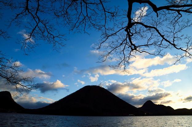 朝の榛名山