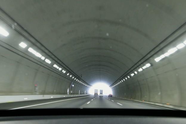 新東名トンネル
