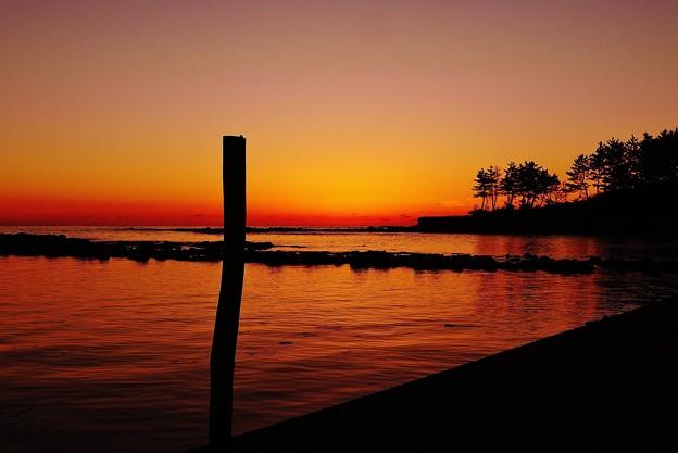 夕景 日本海は能登 百浦漁港