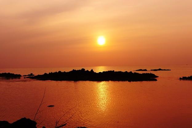 夕景 能登は赤住海岸