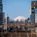 Photos: 富士山に続く線路