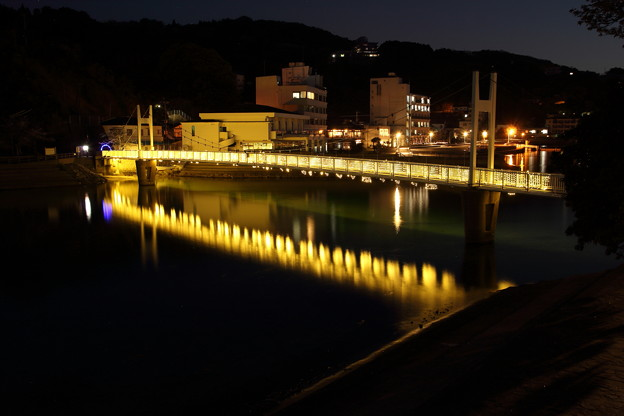 観月橋にイルミネーション・・湯の児温泉