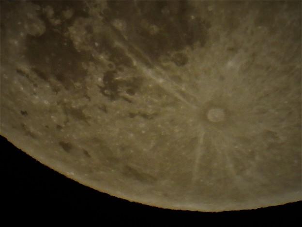 スーパームーンの月食_5
