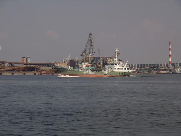 出港する 白水丸