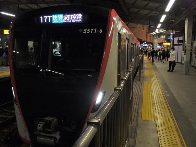 京急線京急品川駅2番線 都営5511F「快特」(快速特急)成田空港行き