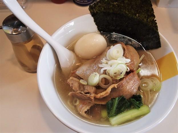 塩生姜らー麺専門店MANNISH浅草店 のどぐろ香油の肉らー麺