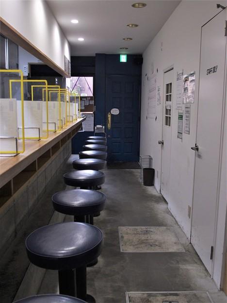 塩生姜らー麺専門店MANNISH亀戸店 店内
