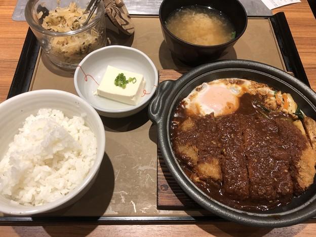 味噌カツ煮定食