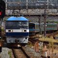 2021_1011_112041 京都駅を通過するEF210-5