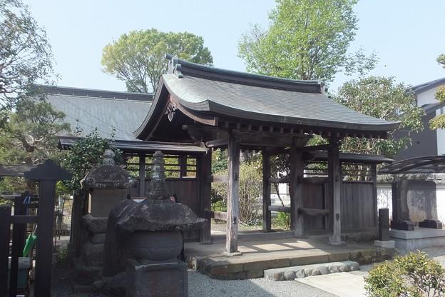 妙覚寺四脚門