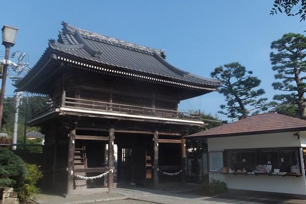 本覚寺仁王門(裏)