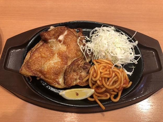 チキテキ 若鶏のピリ辛スパイス焼き