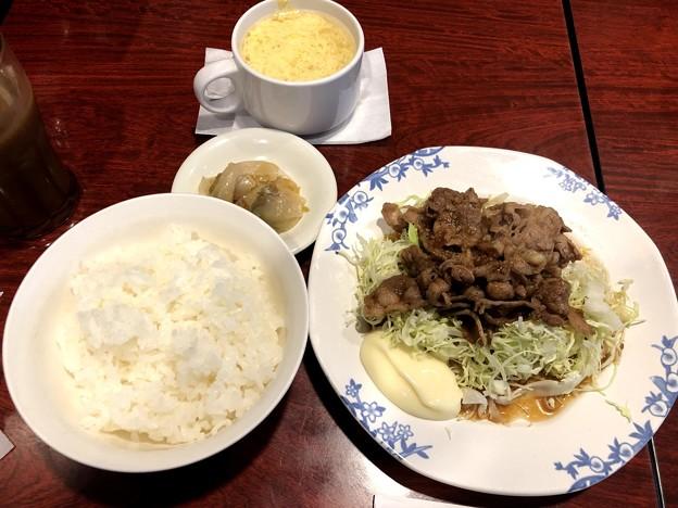 ジューシー牛カルビのオイスター炒め定食