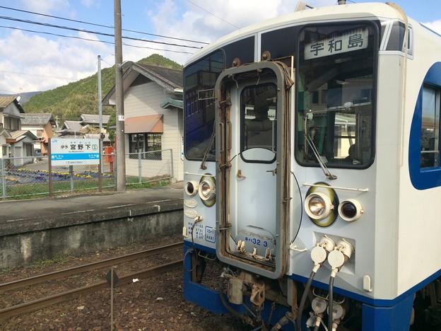 伊予宮野下駅2