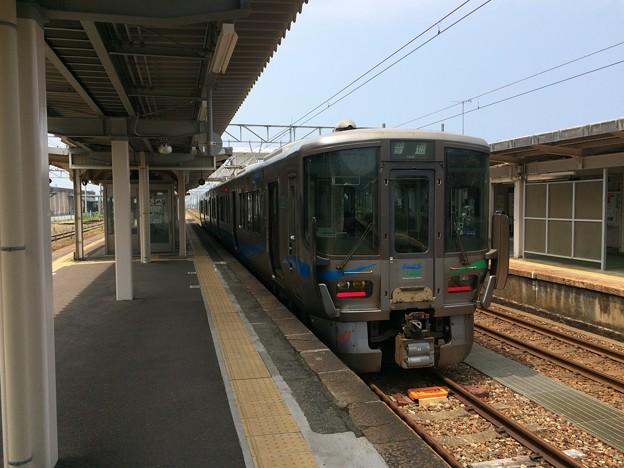 泊駅7 ~あいの風とやま鉄道 電車~