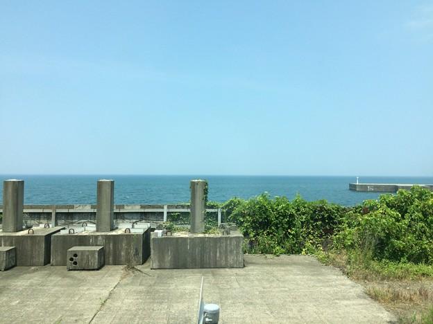 Photos: 市振駅2