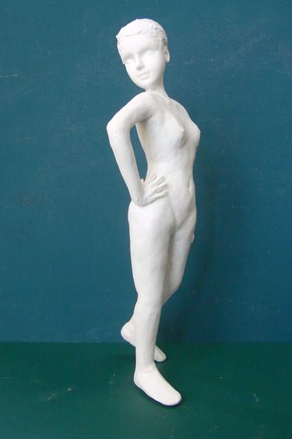 紙粘土人形裸婦像67 横から