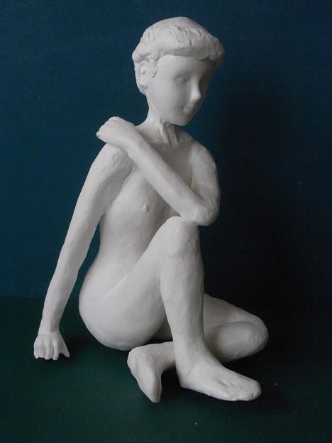 紙粘土人形裸婦像85右向き