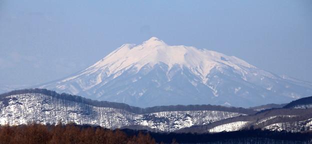 残雪の岩木山