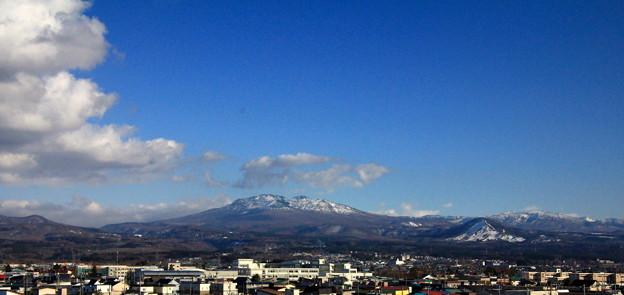 雪融け進む八甲田山1