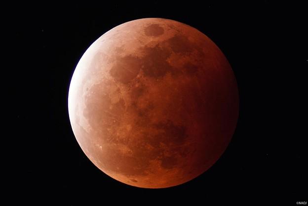 石垣島の天文台での撮影画像 皆既月食(2021.5.26-20:18)