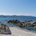 Photos: 白亜の海辺
