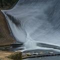 Photos: ダムの武者返し流路