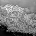 Photos: 空から雪崩。